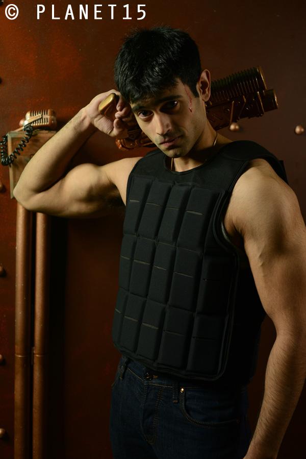 gun show muscle man kung fu karate actor